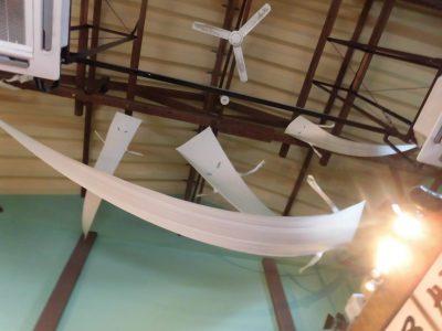 水木しげるロードのゲゲゲの妖怪楽園内の妖怪茶屋の天井。一反もめんがいっぱい!
